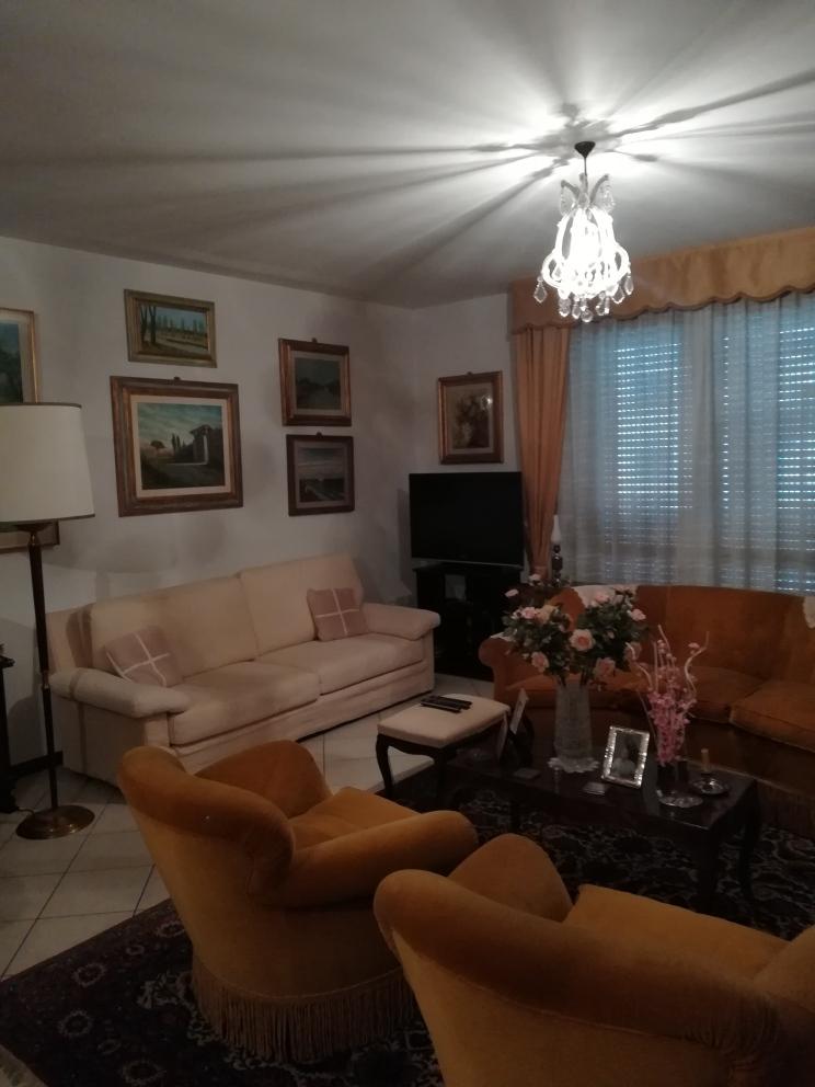 Appartamento in vendita a Mottella